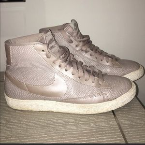 Nike High Top Women's Sneakers